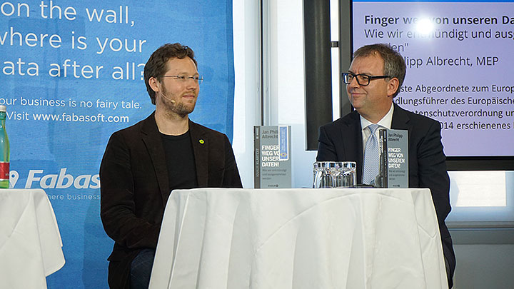 "Jan Philipp Albrecht, author and Member of the European Parliament for the Greens, presented his book ""Hands off our data!"""