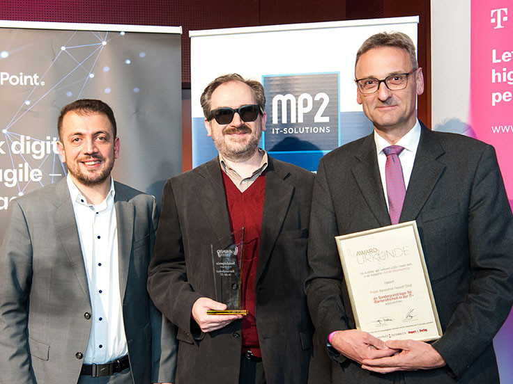 "From left to right: Hasan Cakmak, Mario Batusic and Harald Pfoser accepted the award ""Accessibility in IT"" within the eAward 2020 for Fabasoft."